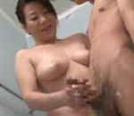 熟女の風呂手コキ