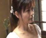 三浦恵理子 美しい四十路友人の母の野ション