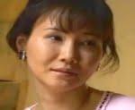 赤坂ルナ 息子の欲望に気づき舌を差し出す四十路熟女