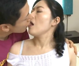 初撮り 夫婦の営みでは得られない強烈な興奮と快感 藤村美枝子46歳  人妻
