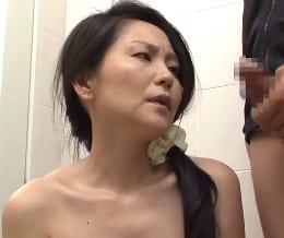 四十路熟女の実姉の裸体をズリネタにした弟 姉弟相姦オムニバス