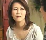 原佐知子 告白してきた義理息子に女を教える五十路後妻の母
