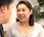大ファンAV男優(真田京)との強烈な中出しSEXで痙攣絶頂へと達する肉食還暦熟女