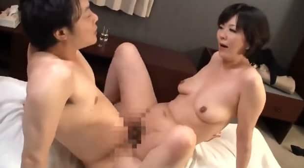 円城ひとみ  四十路熟女のSEX復讐