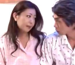 両親がアナルSEXというアブノーマルな夫婦の営みをしていると知った息子 紫彩乃