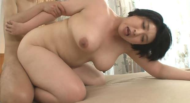 紺野京子(八木美智香) 四十路熟女の初撮り