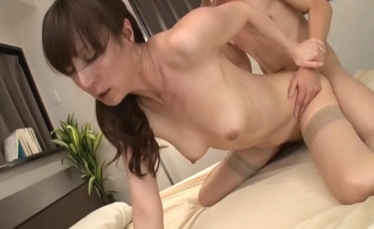 澤村レイコ 浮きブラ母子相姦-6