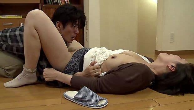 円城ひとみ 娘の婚約者にレイプされた四十路熟女