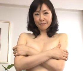 清潔感のある五十路美魔女の奥様が本気で悶狂う初撮りドキュメント 福田由貴55歳 |人妻