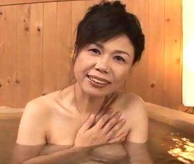 中出し熟女ソープ 垂れ爆乳の濃厚サービスが病みつきになる五十路泡姫