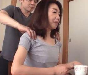 還暦義母 興奮状態の娘婿が貧乳をまさぐってきて… 瀬川志穂