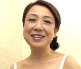 本気で感じてる姿が生々しい五十路熟女の初撮りドキュメント 福山白百合52歳