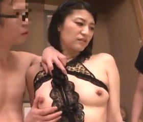 キモ義父のえげつない調教で奴隷洗脳された四十路人妻 古川祥子