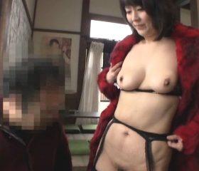 露出性癖に目覚めたむっちり美熟女お貸しします 円城ひとみ
