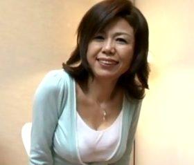 上品な語り口でスケベ臭を放つ五十路熟女の激情セックス 時越芙美江53歳
