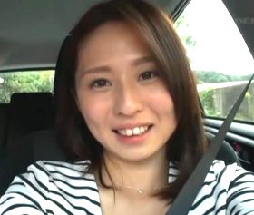 エロカワな雰囲気とそそる肉体がたまらないアラサー人妻 前田可奈子