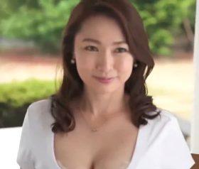 程よくムッチリと熟した極上人妻の初撮りドキュメント 今川翔子(43)