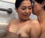 海宮みさき 風呂場でいちゃつき母と息子