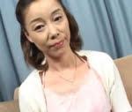 青井マリ 妖艶な美熟女の筆おろし